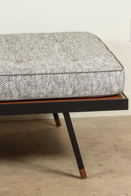 Montrose Daybed by Lawson-Fenning 4