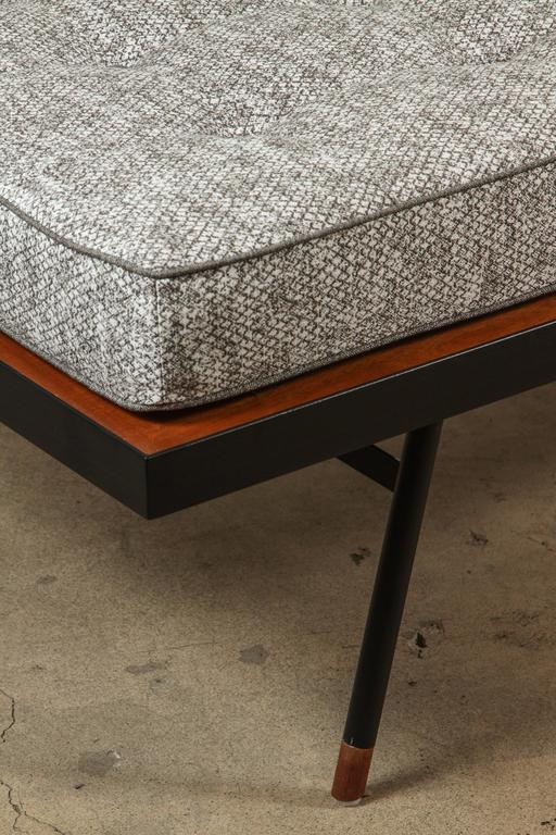 Montrose Daybed by Lawson-Fenning 6