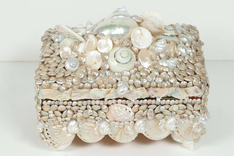Shell covered Coquillage Box  For Sale 2