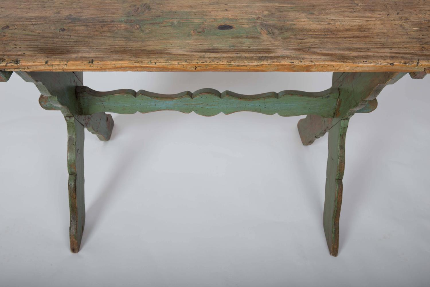 Rustic Farm Table With Painted Wood Base At 1stdibs. Full resolution  file, nominally Width 1500 Height 1000 pixels, file with #90663B.