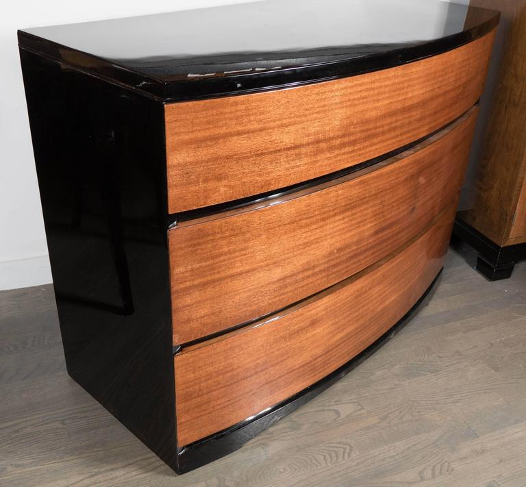 Mid-20th Century Streamlined Art Deco Bow Fronted Low Chest in Mahogany and Black Lacquer For Sale