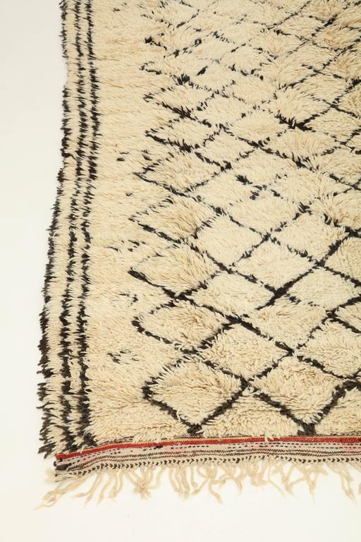 Vintage Beni Ourain Moroccan Rug For Sale 1