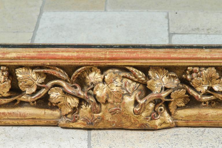 18th Century English Carved Giltwood Mirror In Excellent Condition For Sale In Los Angeles, CA