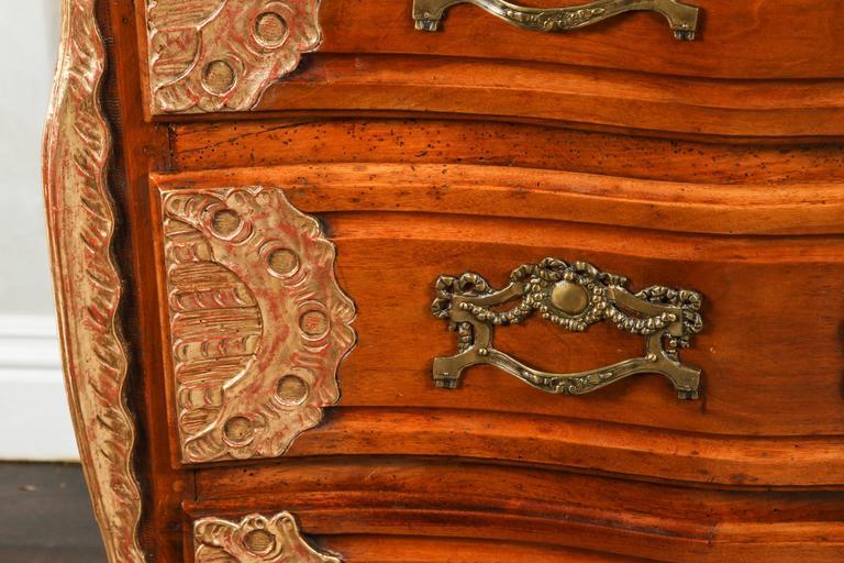 18th Century Lyonaise Three Drawer Walnut Commode For Sale 1