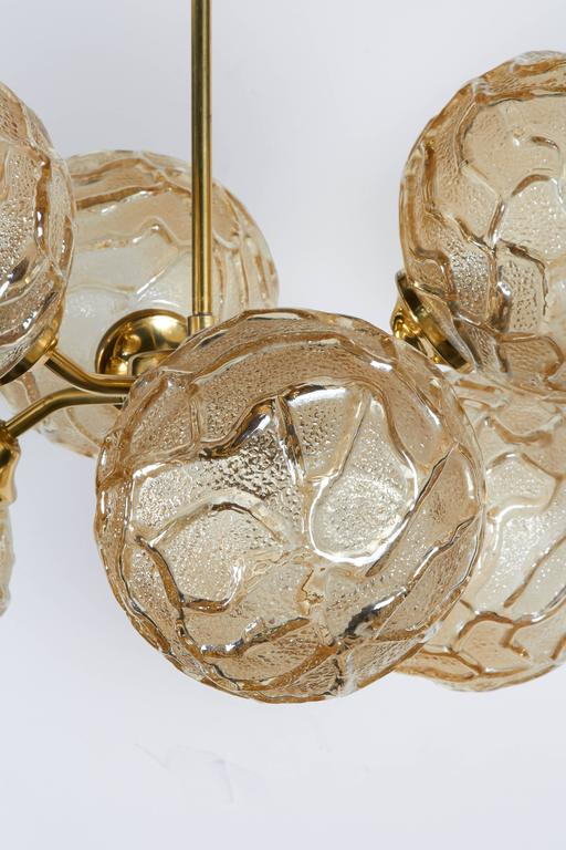 Brass French Mid-Century Sputnik Chandelier with Champagne Glass Globes For Sale