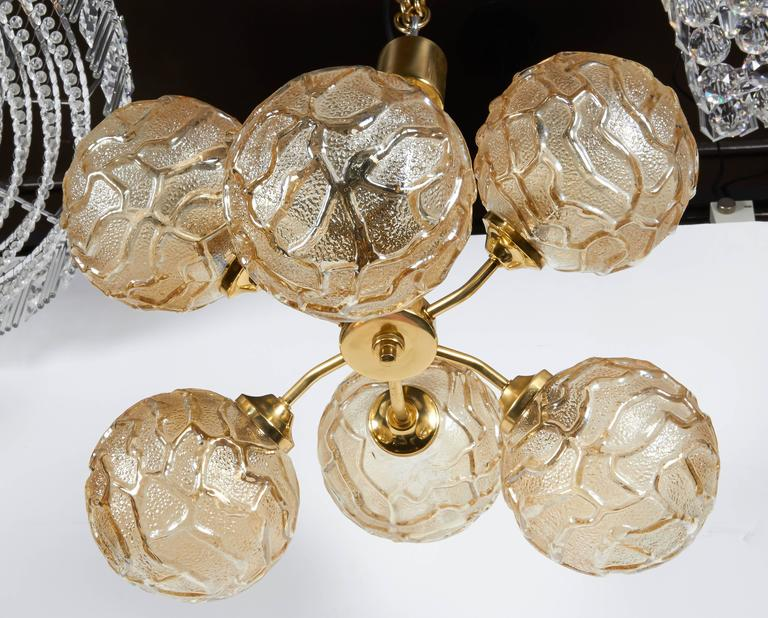 French Mid-Century Sputnik Chandelier with Champagne Glass Globes In Excellent Condition For Sale In Stamford, CT