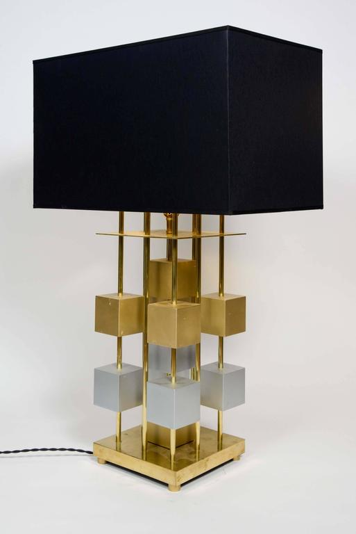 geometric pair of brass and wood lamps for sale at 1stdibs. Black Bedroom Furniture Sets. Home Design Ideas