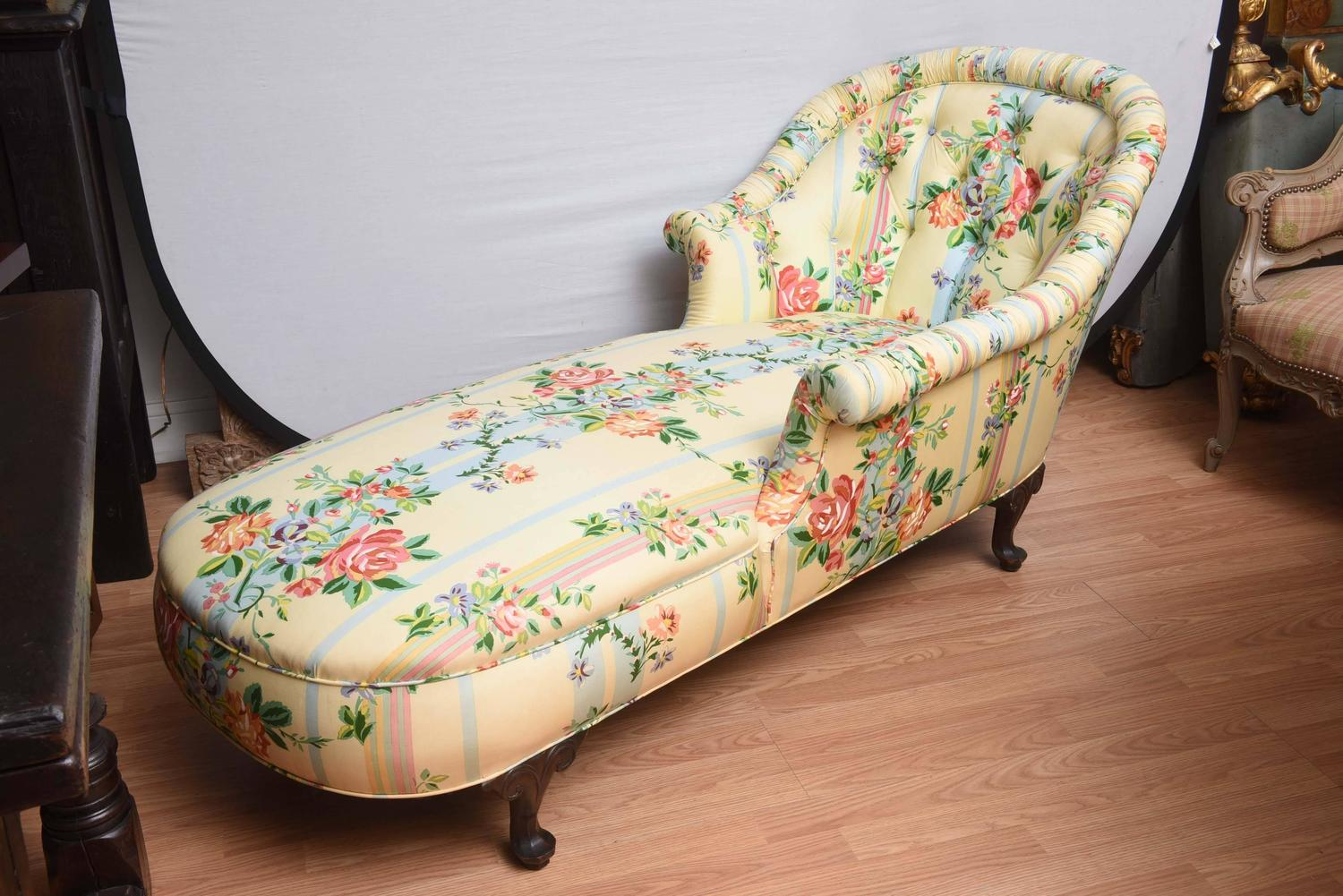 Fine 1940 s Chaise Lounge with Floral Pattern Fabric at 1stdibs