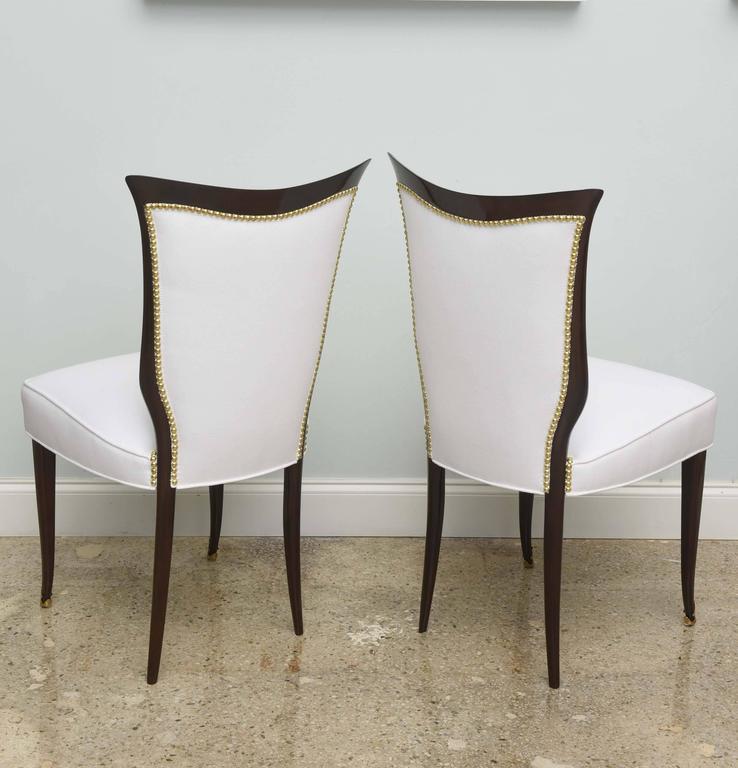Set of Eight Italian Modern Palisander and Brass Dining Chairs, Osvaldo Borsani For Sale 1