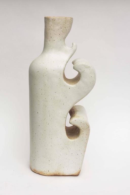 Ceramic vase of sculptural form by renowned California artist Daric Harvie.