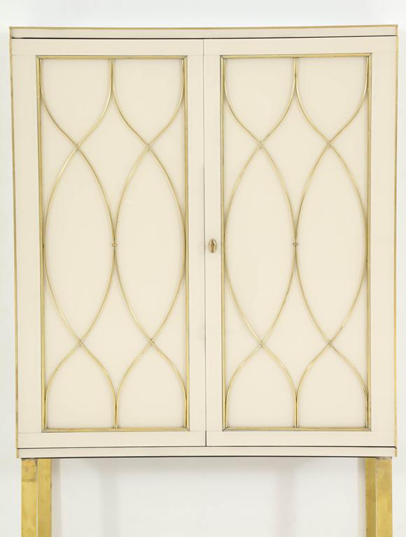 Mid-Century Modern Mid-Century Ivory Opaline Glass Cabinet or Bar with Brass Inlays, Italy For Sale