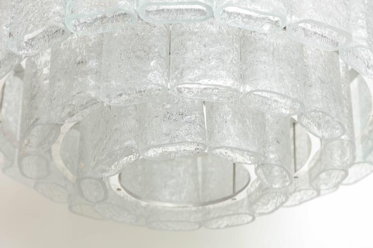 Doria Four-Tier Ice Glass Chandelier In Excellent Condition For Sale In New York, NY