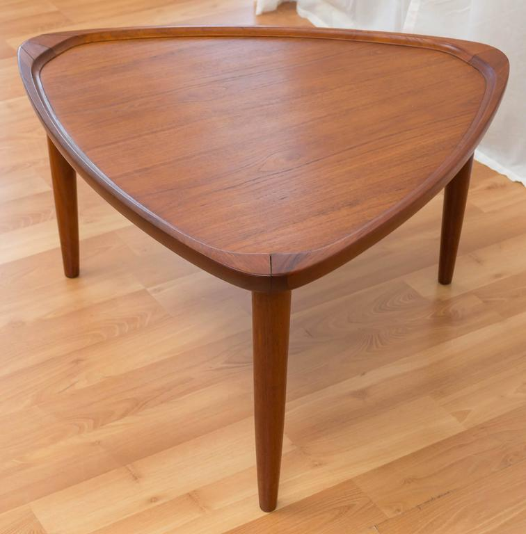 Triangle End Table Mid Century Mersman Triangle Guitar  : DSC0752l from buildhouse.biz size 756 x 768 jpeg 46kB