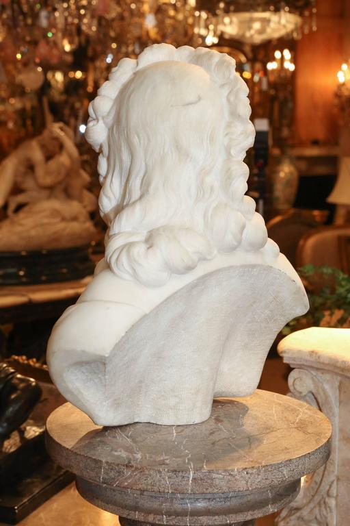 Marble Bust of a Woman, French, 19th Century In Excellent Condition For Sale In Houston, TX