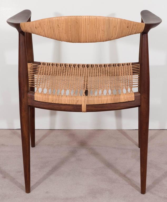 Pair Of Danish Hans J. Wegner Elbow Chairs For Johannes Hansen For Sale 1