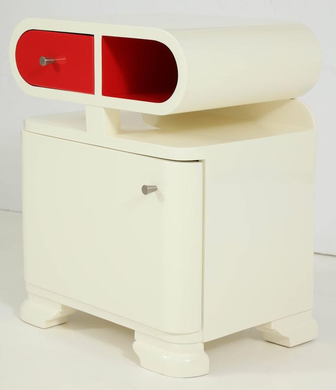 Modernist Hungarian Art Deco White Lacquer Nightstands 2