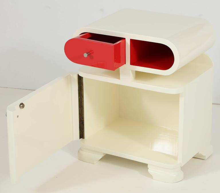 Modernist Hungarian Art Deco White Lacquer Nightstands 4