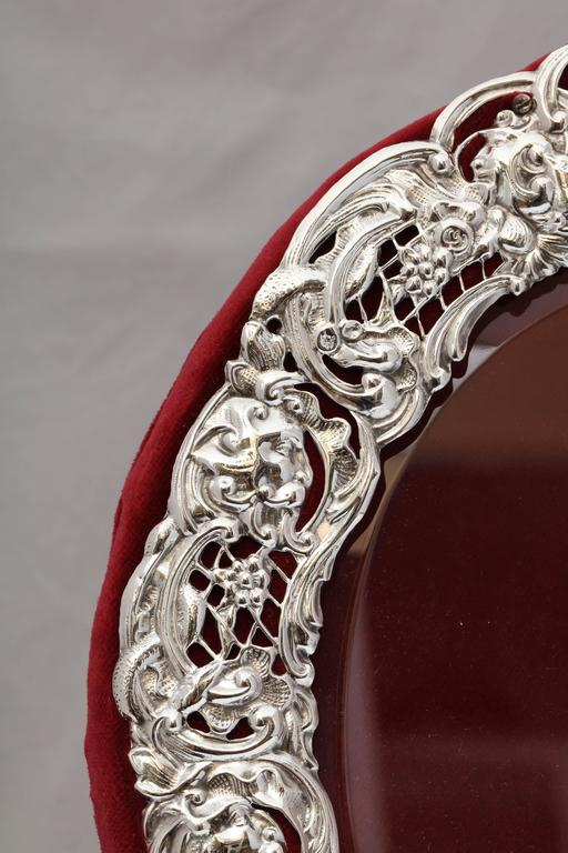 Large Victorian Sterling Silver Heart-Form Picture Frame For Sale 2