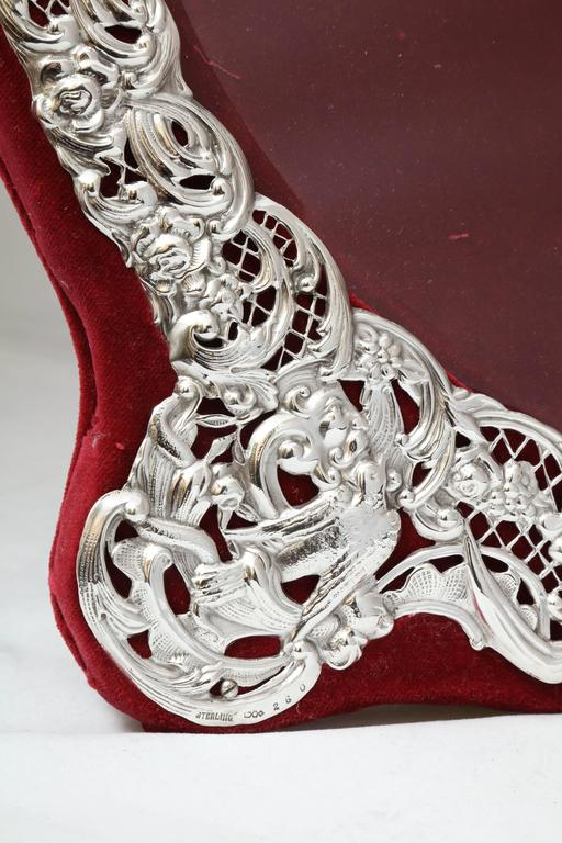 Large Victorian Sterling Silver Heart-Form Picture Frame For Sale 4