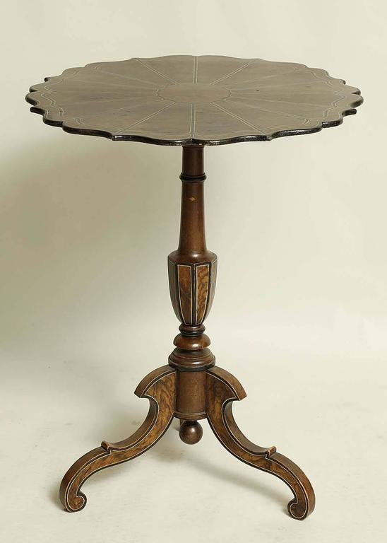 Gustavian Swedish Faux Painted Scalloped Tilt-Top Table For Sale