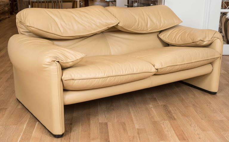 Maralunga Two-Seat Sofa in Leather by Vico Magistretti for Cassina of Italy 4