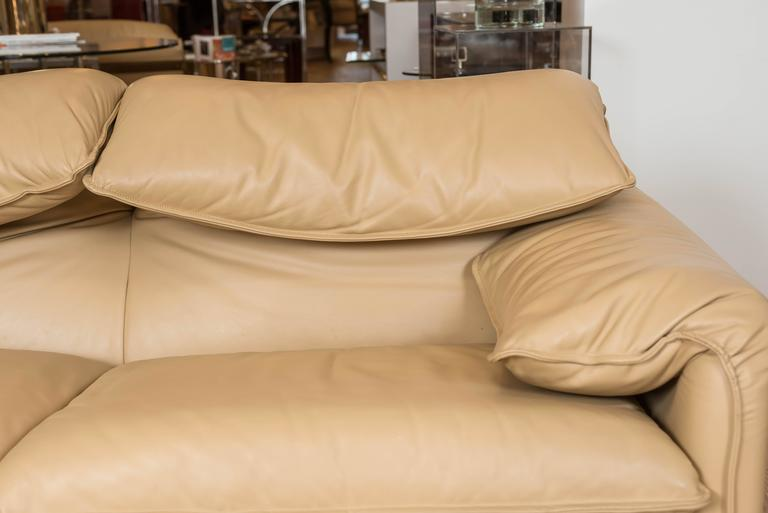 Maralunga Two-Seat Sofa in Leather by Vico Magistretti for Cassina of Italy 5