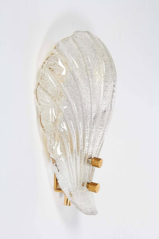 Pair of Murano Shell Glass Sconces by Barovier & Toso In Excellent Condition For Sale In Stamford, CT