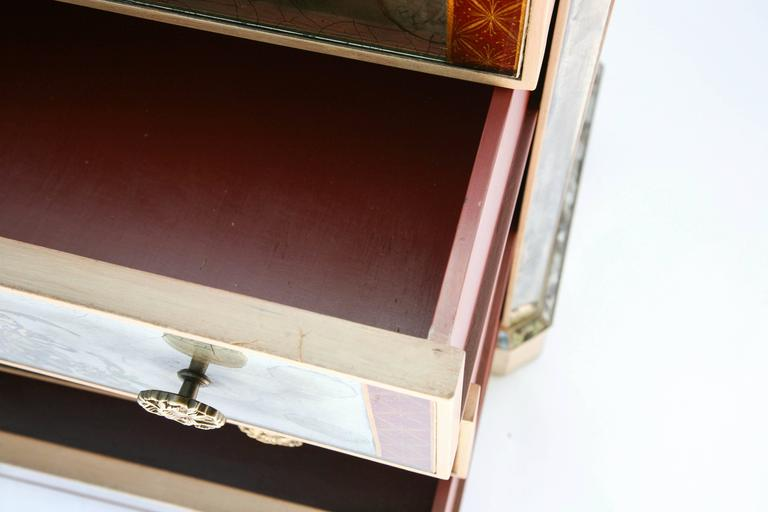 Pair of Églomisé Mirrored Chest of Drawers, circa 1940s For Sale 4