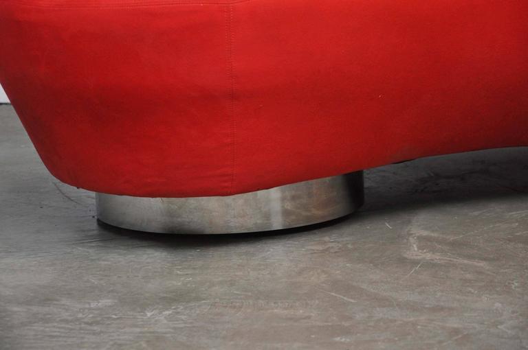 20th Century Vladimir Kagan Serpentine Sofa on Chrome Bases For Sale