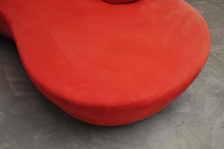 Vladimir Kagan Serpentine Sofa on Chrome Bases For Sale 3