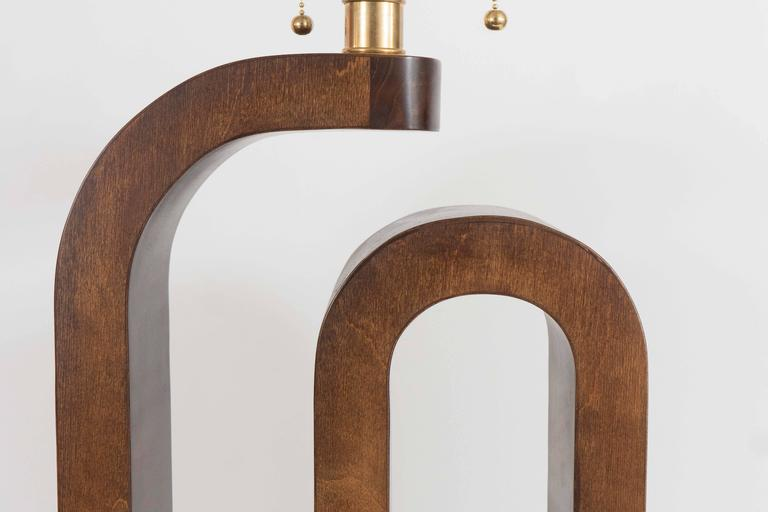 Mid-Century Modern Pair of Curvilinear Wood Table Lamps For Sale
