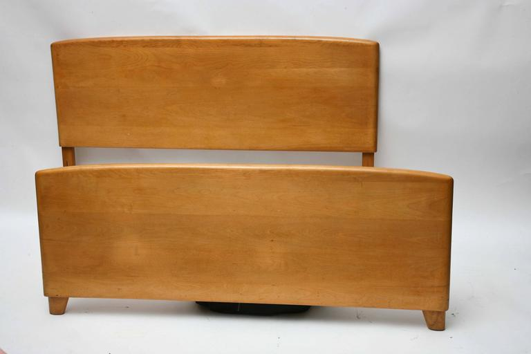 Heywood Wakefield Full Size Bed 1950s Usa At 1stdibs