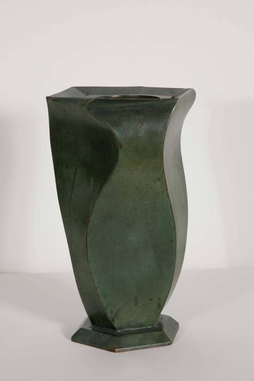 Bronze Vase by Jean Dunand, 1920s In Good Condition For Sale In Paris, FR