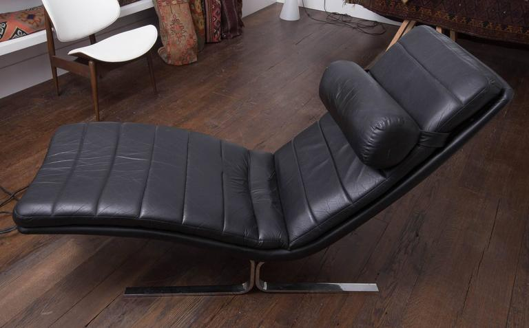 Probber Chaise 2