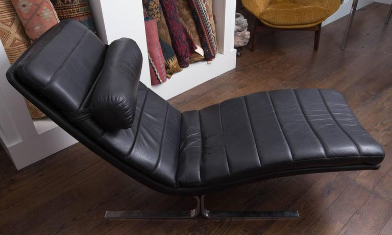 Probber Chaise 3