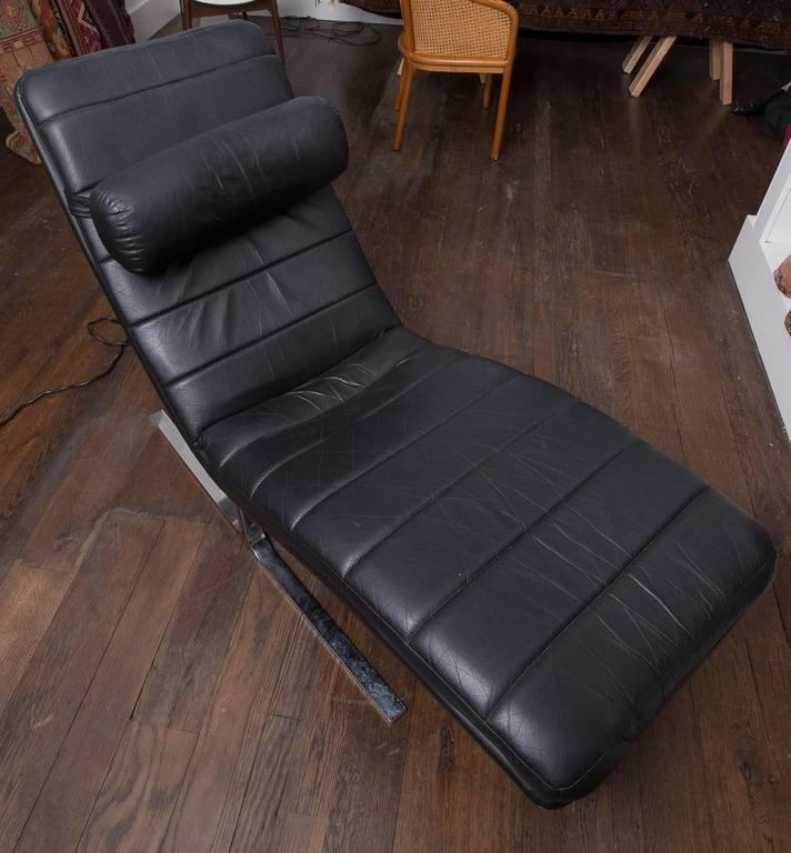 Probber Chaise 5