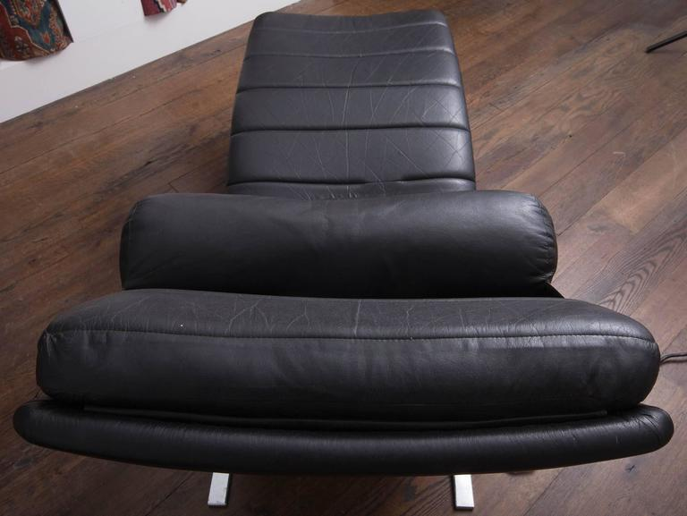 Probber Chaise 8
