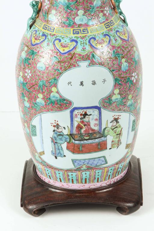Chinese Export Chinese Ceramic Table Lamp For Sale