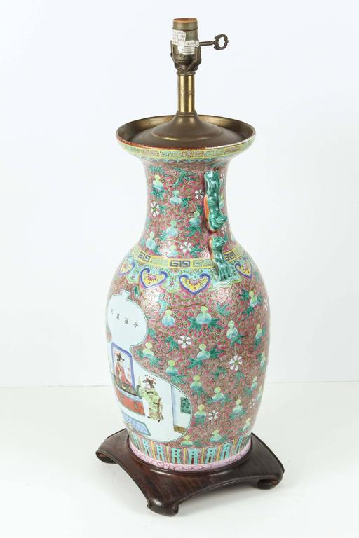 Chinese Ceramic Table Lamp In Good Condition For Sale In Los Angeles, CA