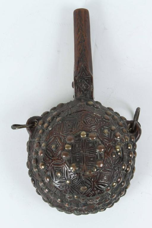 Set of Three Moroccan Tribal Gun Powder Flasks In Good Condition For Sale In Los Angeles, CA