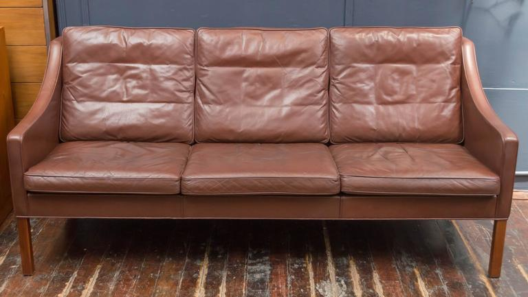 Scandinavian Modern Børge Mogensen Cognac Leather Sofa, Model 2209 For Sale