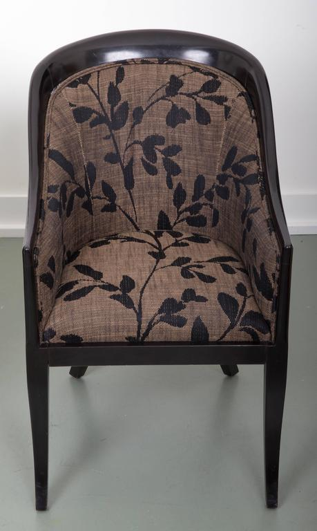 Pair of Decorative Tub Chairs Great Curved Back Supports For Sale 4