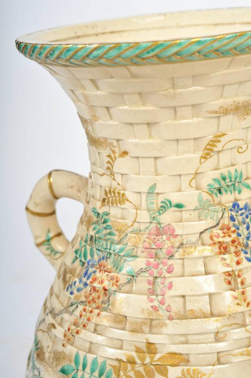 Pair of Antique Satsuma Vases For Sale 1
