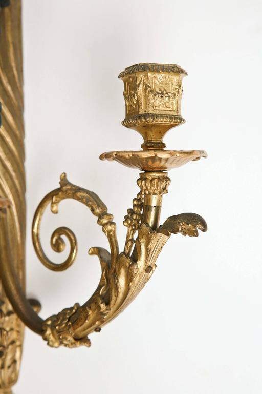Fine Pair of 19th Century French Bronze Sconces For Sale 3