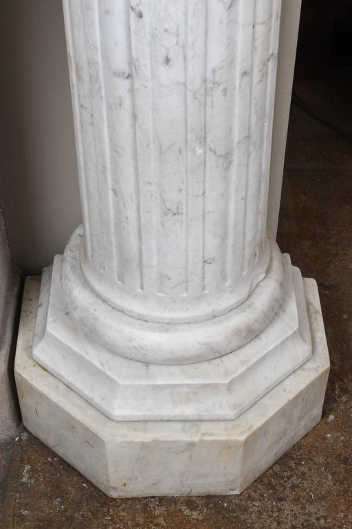 Pair of Early 19th Century Carved Marble Columns In Good Condition For Sale In Los Angeles, CA
