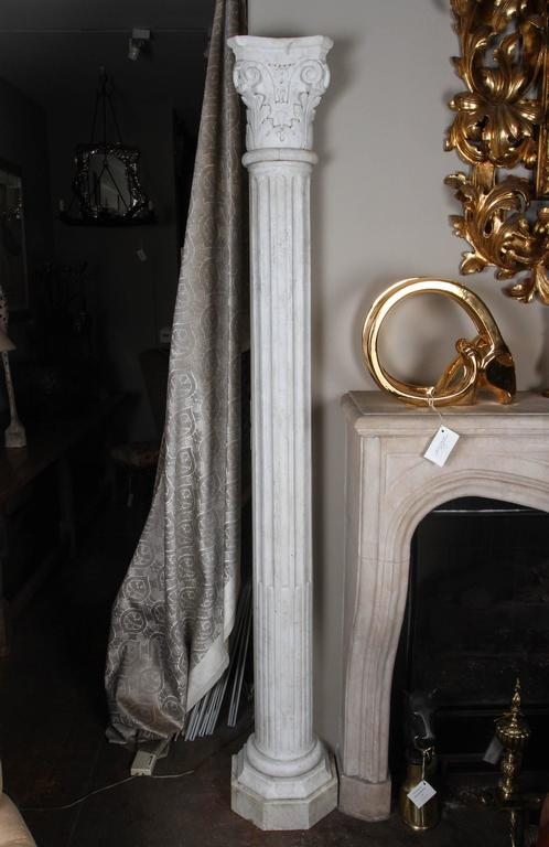 Pair of Early 19th Century Carved Marble Columns For Sale 1