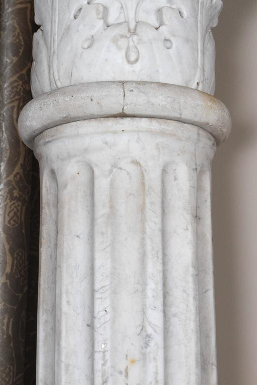 Pair of Early 19th Century Carved Marble Columns For Sale 3
