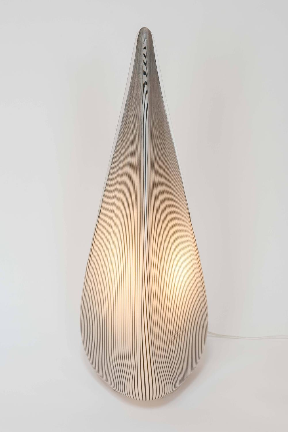 Glass pyramid lamp by lino tagliapietra for vetri murano for Chair table lamp yonge st