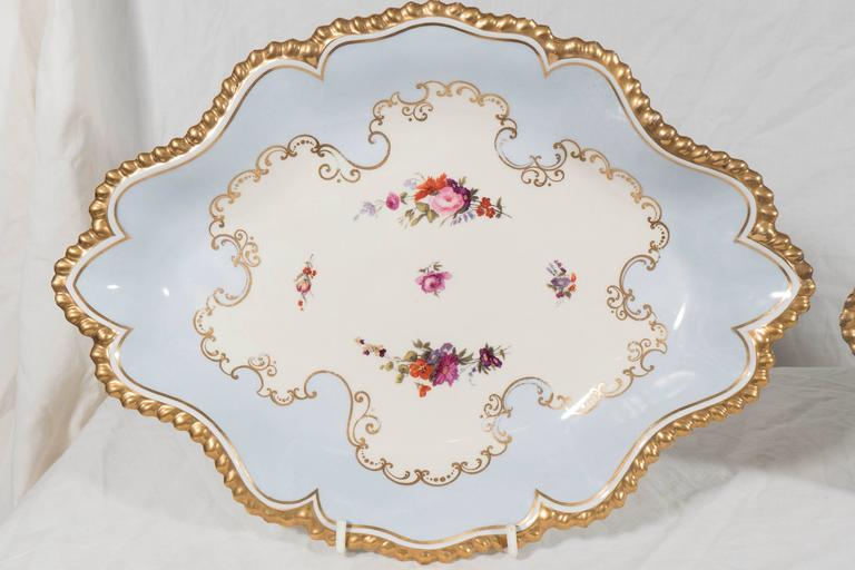 English Pair Antique Worcester Porcelain Dishes Made in England circa 1820 For Sale