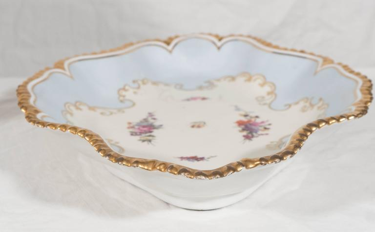 Pair Antique Worcester Porcelain Dishes Made in England circa 1820 For Sale 1
